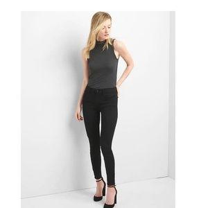 NWT Gap Mid Rise True Skinny Jeans 28S Black c241